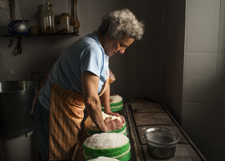 ETNOGRÁFICA - MARÍA CLAUSS, Fotógrafa