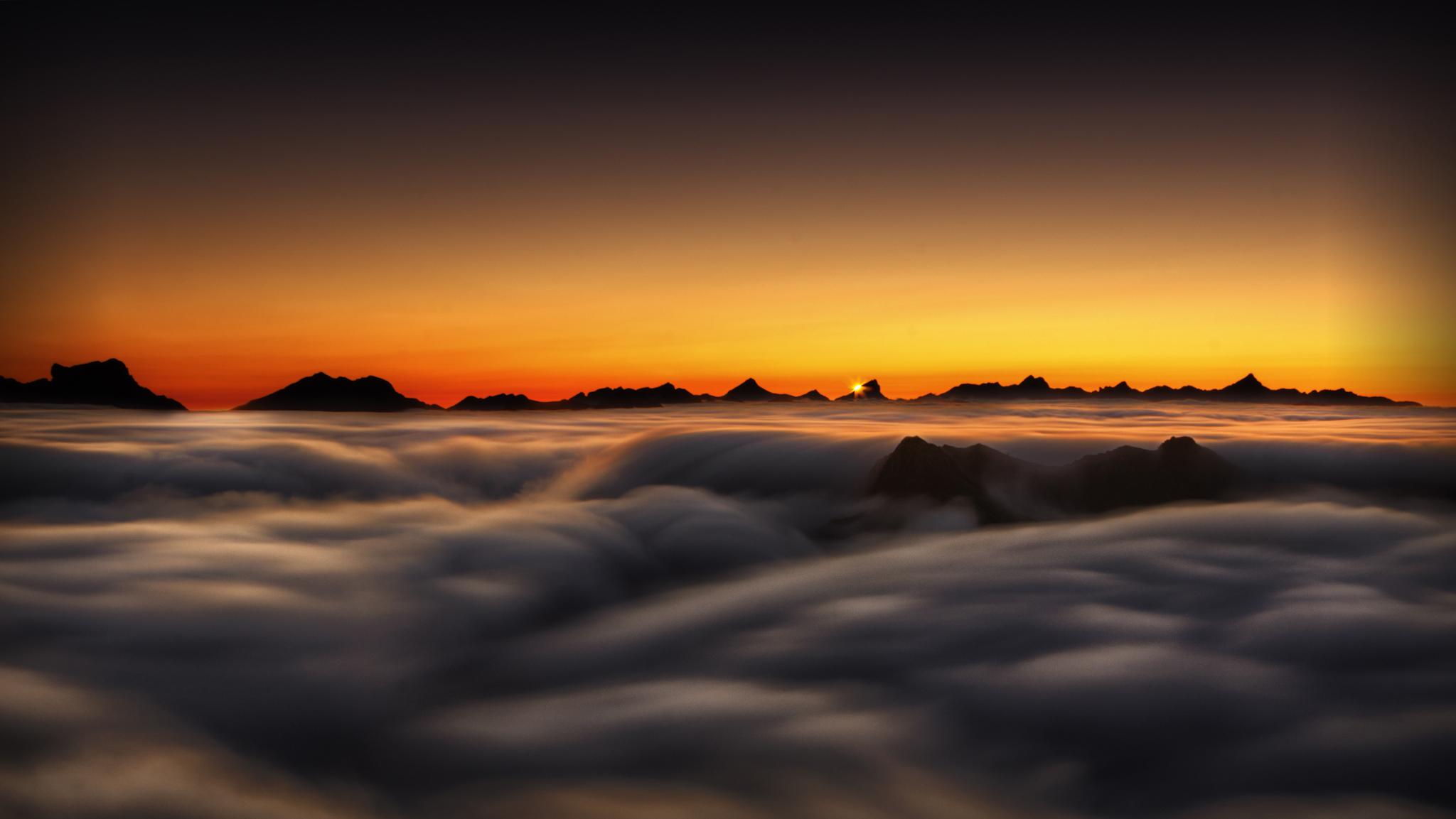 Mar de nubes desde La Raca hacia el Pirineo navarro - Paisajes del valle - Fotos del Valle del Aragón, Mikel Besga