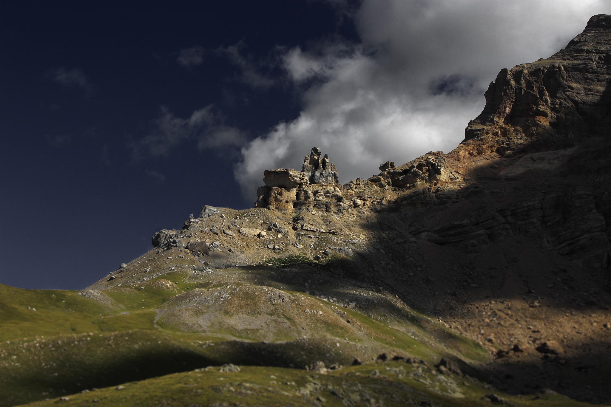 Campanil de Izas - Paisajes del valle - Fotos del Valle del Aragón, Mikel Besga