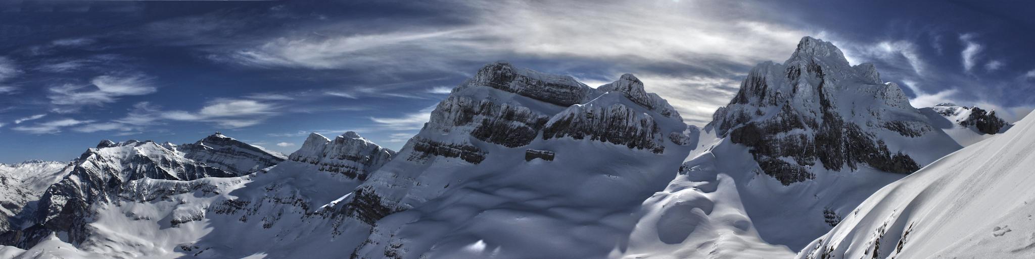 Panorámica del Macizo del Aspe - Paisajes del valle - Fotos del Valle del Aragón, Mikel Besga