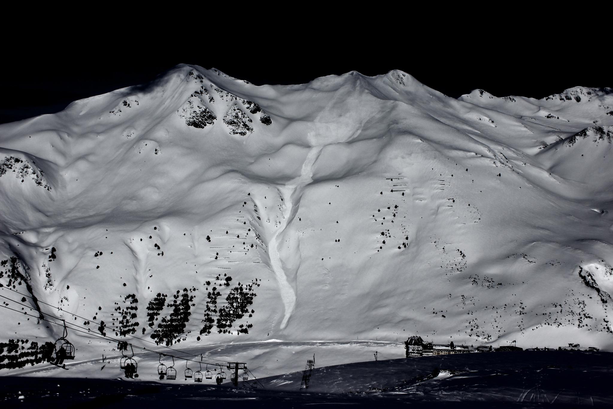 Avalancha en el Belonseiche - Astún - Fotos del Valle del Aragón, Mikel Besga