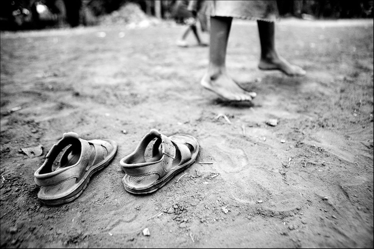 ORPHANAGES OF KENYA - Mingo Venero, photographer & filmmaker