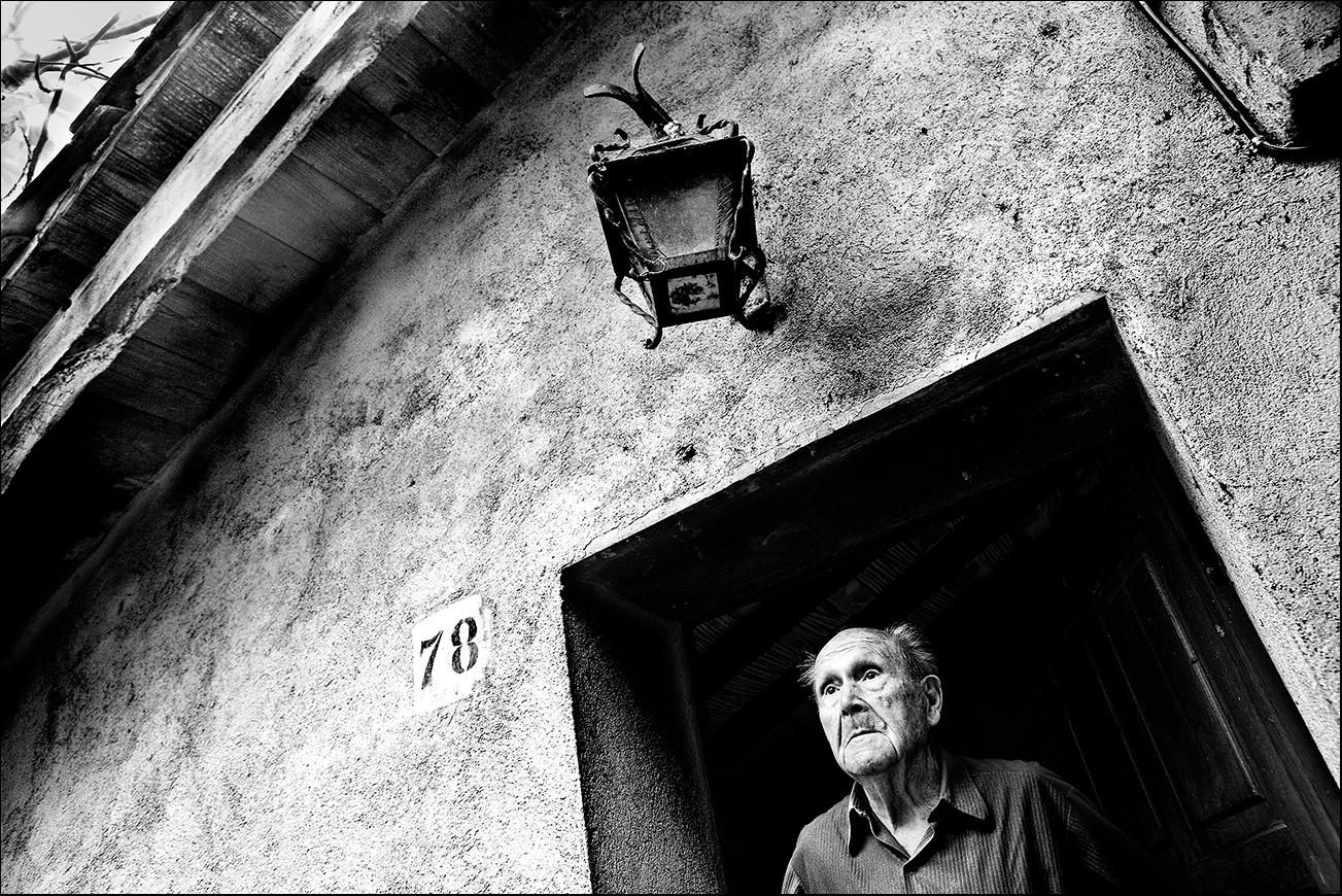 A SPACE FOR MEMORY - Mingo Venero, photographer & filmmaker