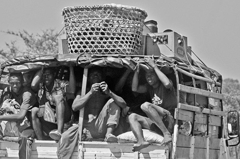 human truck - Faces of Africa - Nuria Blanco , Nature&Wildlife Photographer
