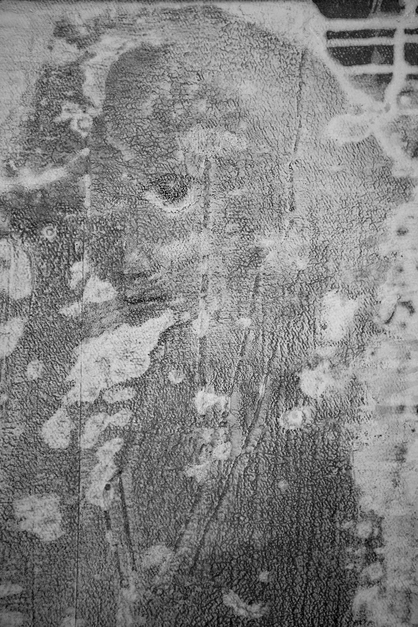 We shouldn't believe everything they tell us about the French Revolution / detail - APPARITIONS b/w - Pere Galera