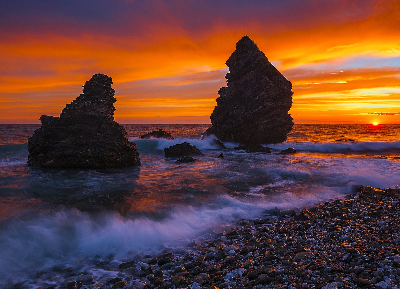 Maro / Cerro Gordo - On fire - Peter Manschot Al Andalus Photo Tour, Landscape photography photos prints workshops Andalusia Spain