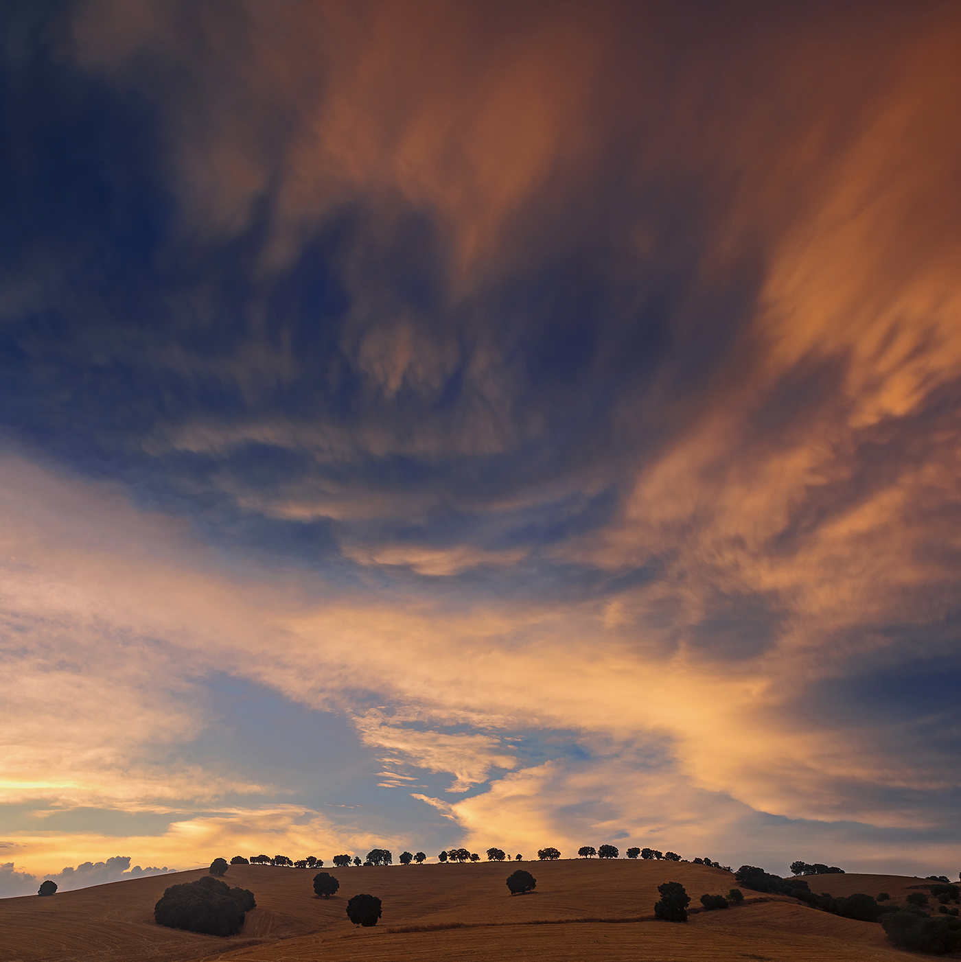 Montes Orientales - On fire - Peter Manschot Al Andalus Photo Tour, Landscape photography photos prints workshops Andalusia Spain