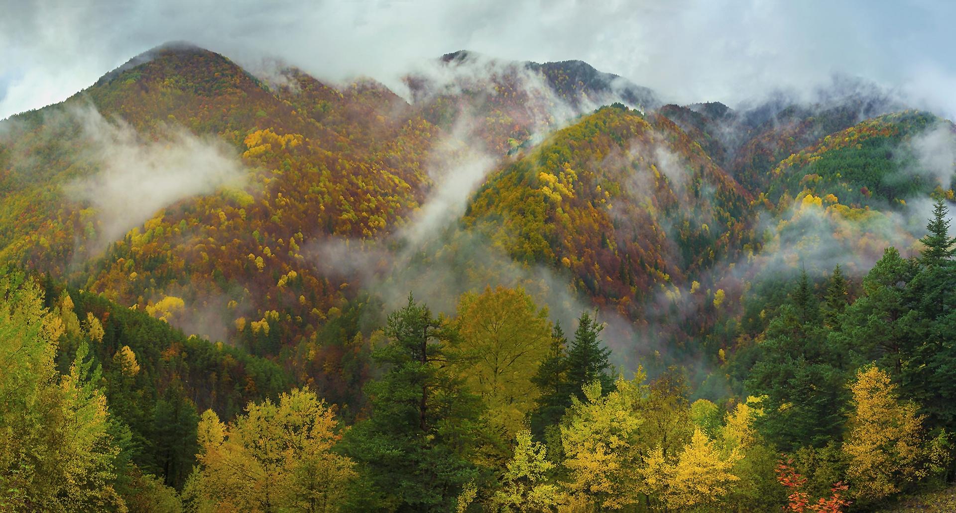 Ordesa - Undulations - Peter Manschot Al Andalus Photo Tour, Landscape photography photos prints workshops Andalusia Spain