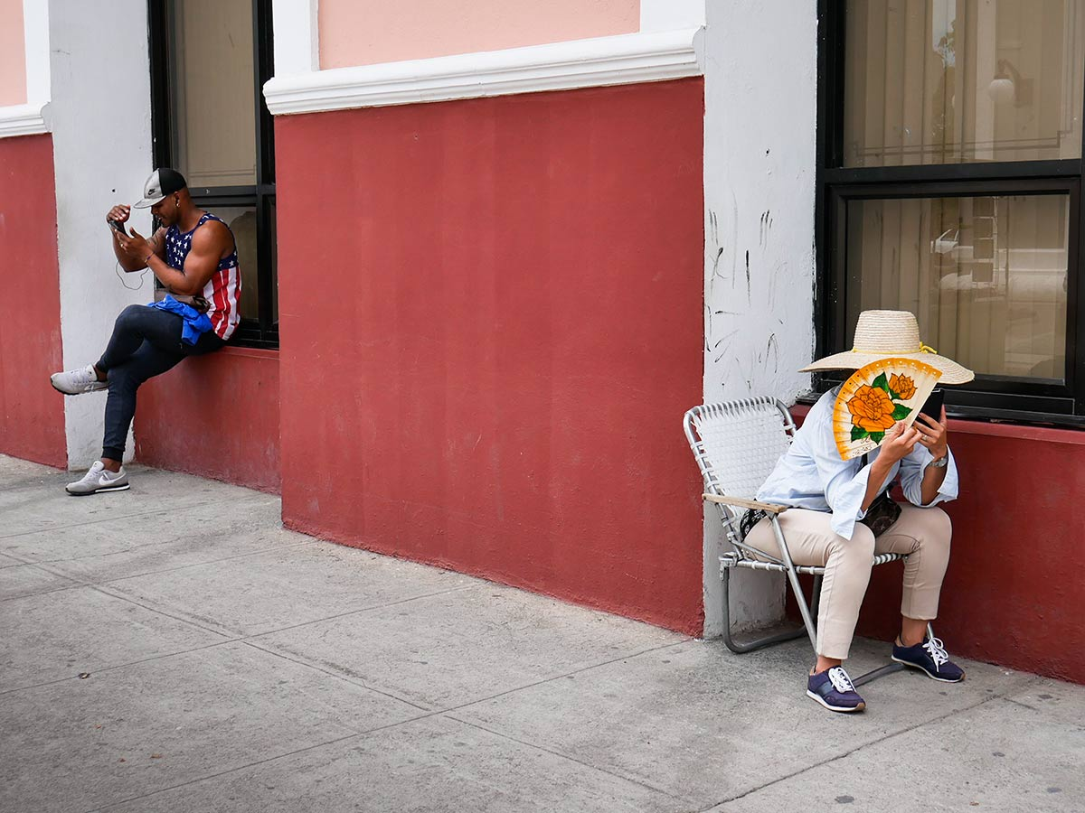 Wifi + Imo = an emotional revolution - photos about the new Cuba, changes and evolution in wifi connection areas , cubans connected.