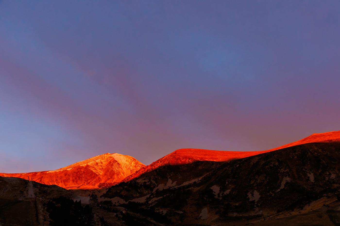 Primeres llums vermelles - Fotografies de paisatges - Raül Carmona - Fotografia, Fotografia d'estudi, esdeveniments i Natura