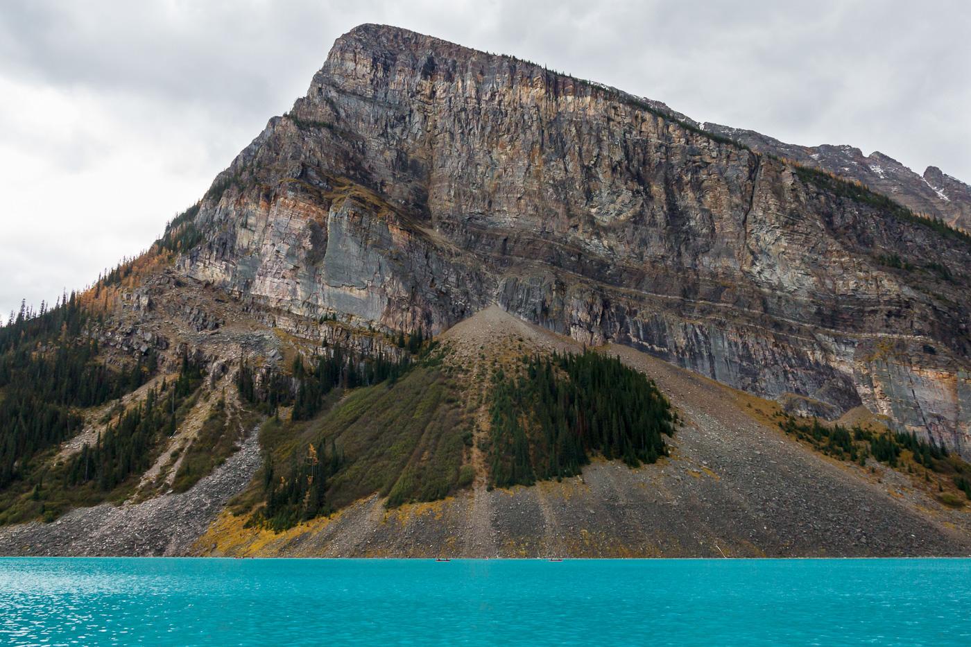 Lake Louise and geological features - Paisatges de Nord-Amèrica - Raül Carmona - Fotografia, Fotografia d'estudi, esdeveniments i Natura