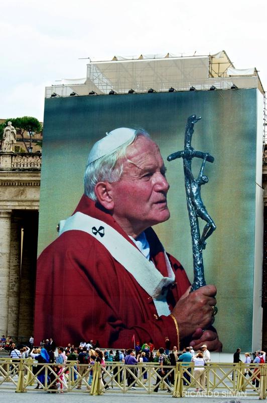 Beatificacion de Juan Pablo II - Ciudad del Vaticano - Ricardo Simán . Ciudad del Vaticano