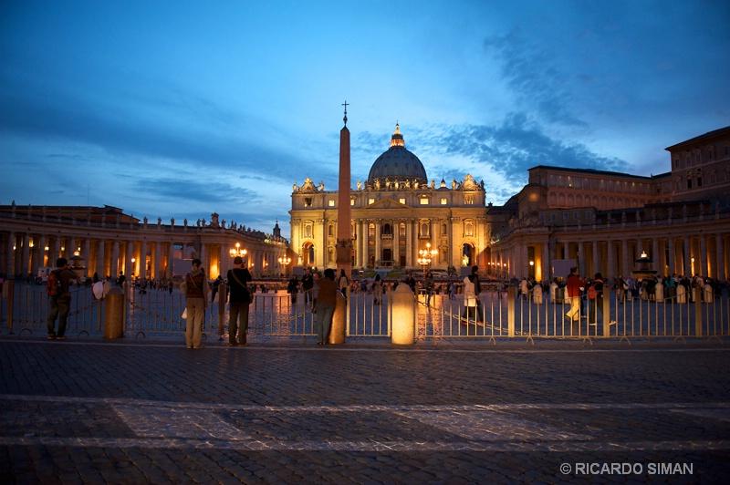 Basilica de San Pedro - Ciudad del Vaticano - Ricardo Simán . Ciudad del Vaticano