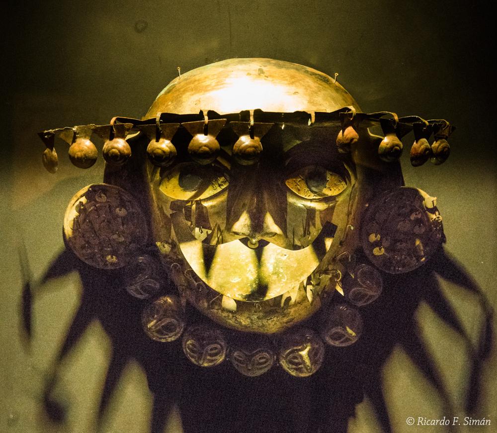 DSC_9727 Ornamentos del Señor de úcupe - Señor de Ucupe - Ricardo F. Simán, Fotografía