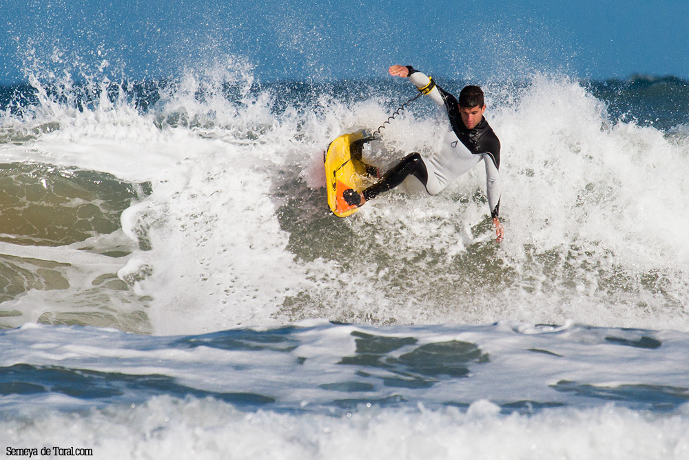Campo drowning - Surf de arrastre (towout) - Semeya  de Toral
