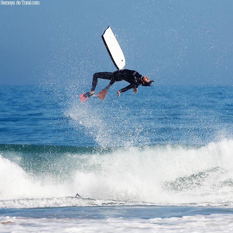 Otra veces salía mal. - Surf de arrastre (towout) - Semeya  de Toral