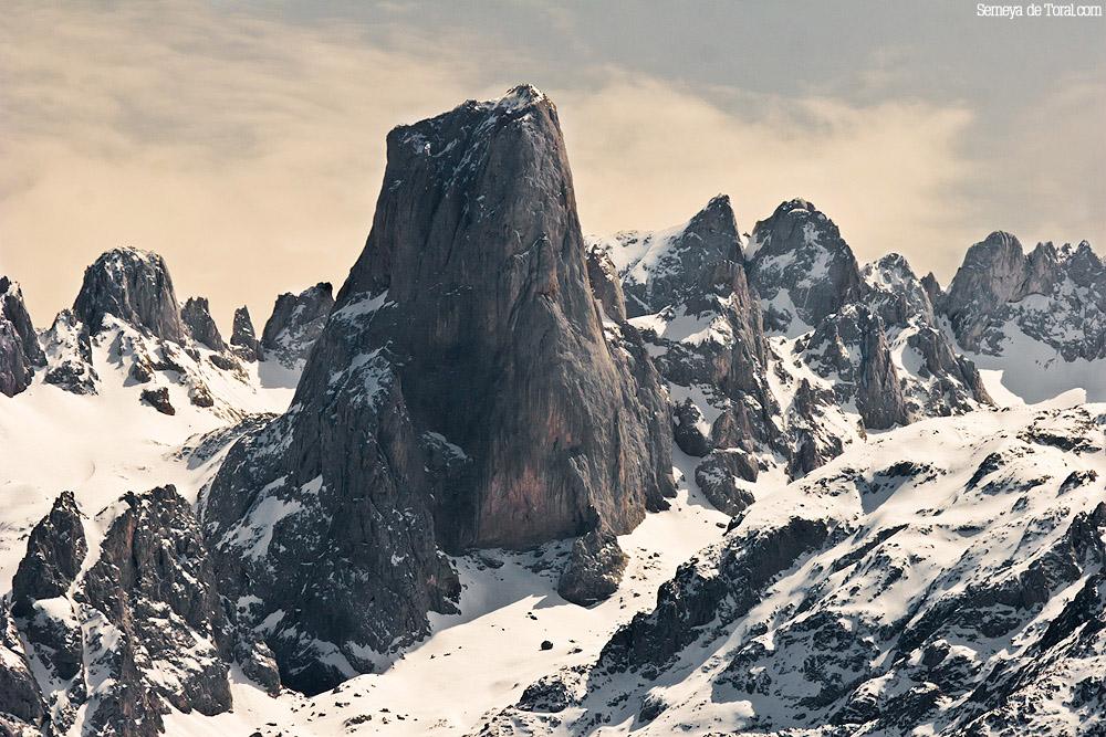 Y sin duda, mi foto favorita del Urriellu. - Picu Urriellu - Semeya  de Toral