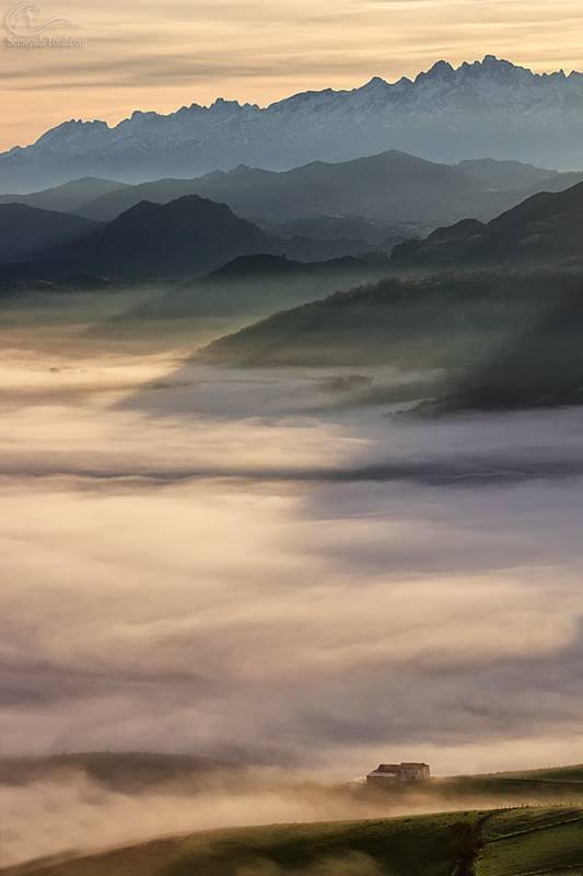 Nieblas de la mañana lo invaden todos - MONTAÑA - Semeya  de Toral