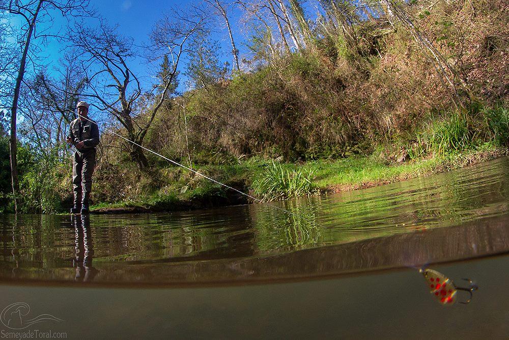 Pesca a cucharilla - DEPORTES - Semeya  de Toral