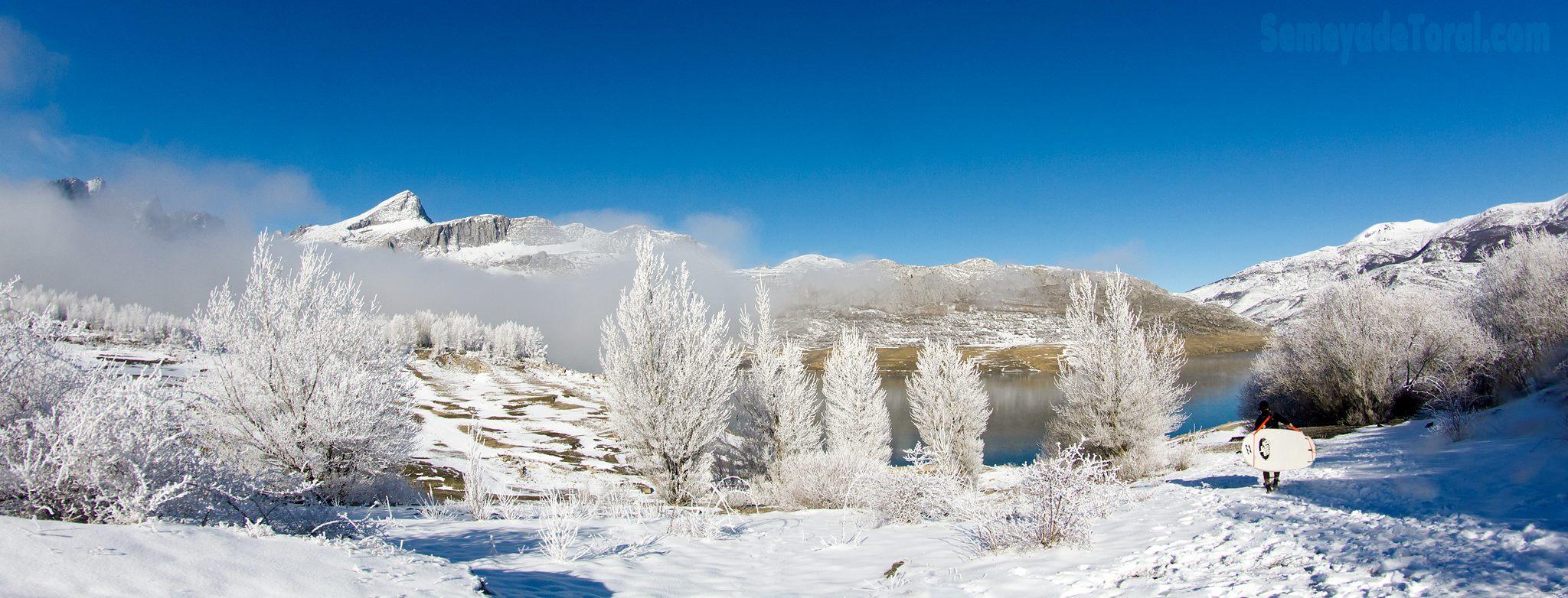 Riaño congelado - PANORÁMICAS - Semeya  de Toral