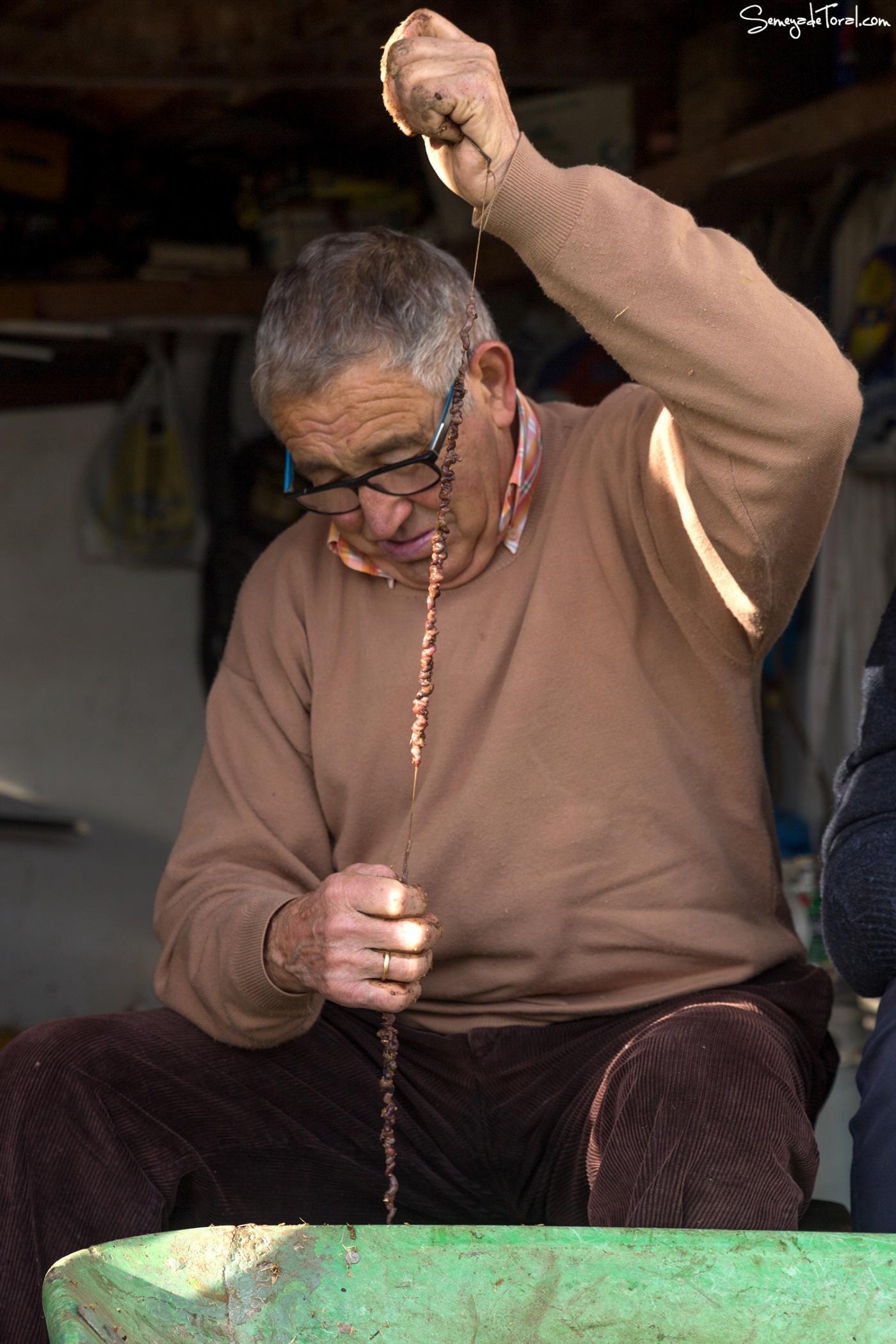 Va cogiendo forma la merucada - Pesca tradicional de Barbaes - Semeya  de Toral