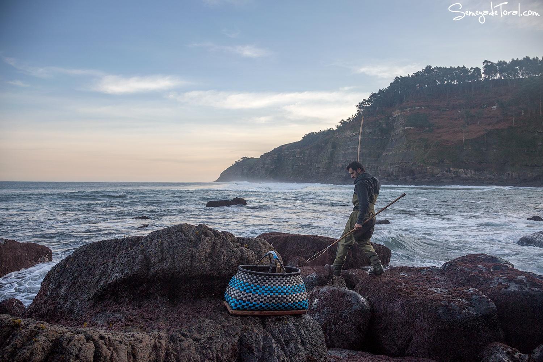 Buscando las cuevas - Pesca tradicional de Barbaes - Semeya  de Toral