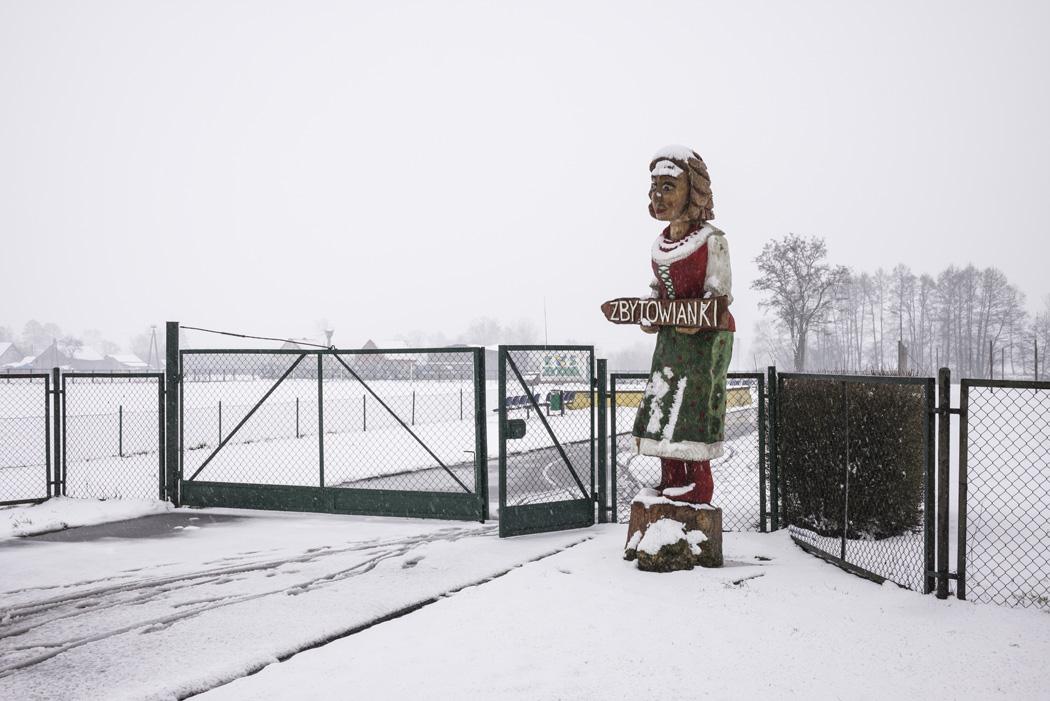 estudio 6729. Zbytowa. 2016 - SNOW color - senén merino, photograph