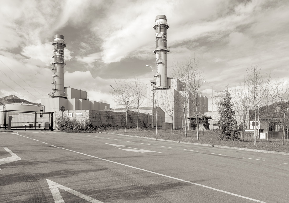 estudio 4220. Soto Ribera - INDUSTRIAL LANDSCAPE 2013 - senenmerino. fotografias de autor sobre La industria . asturias . españa.