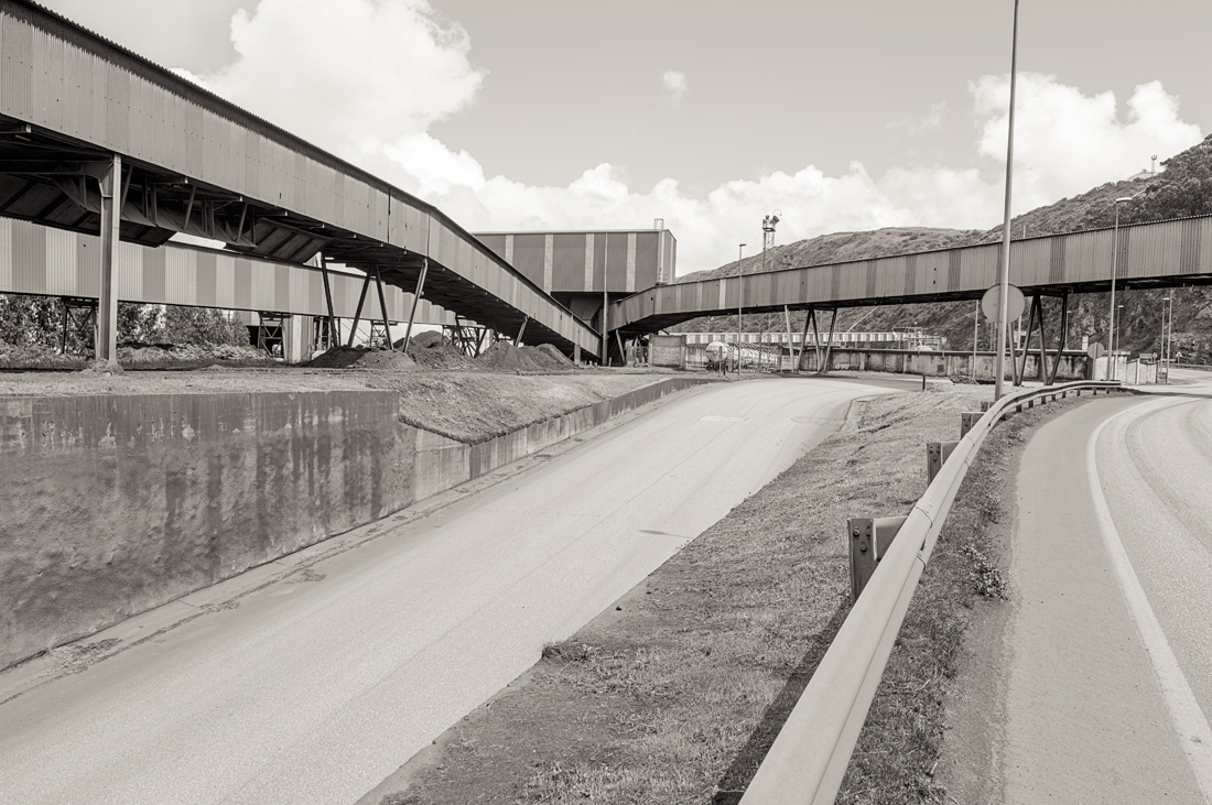 estudio 5037. Aboño - INDUSTRIAL LANDSCAPE 2013 - senenmerino. fotografias de autor sobre La industria . asturias . españa.