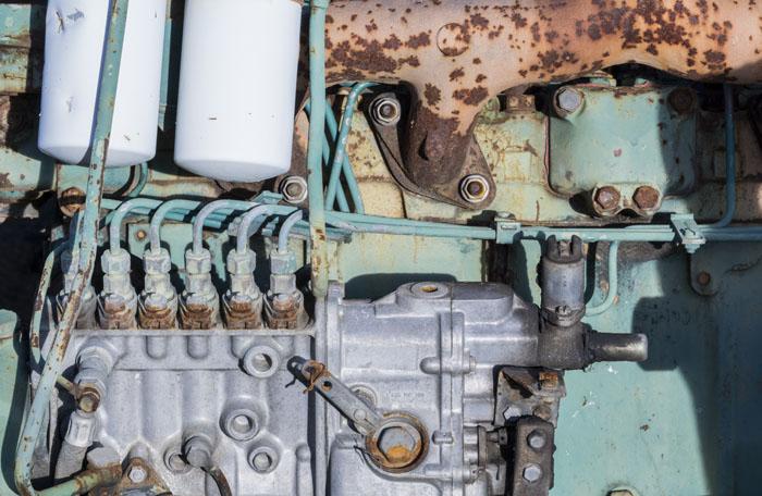 Motor. Estudio 3878 - DESGUACE - senenmerino. fotografías de  un DESGUACE de maquinaria.