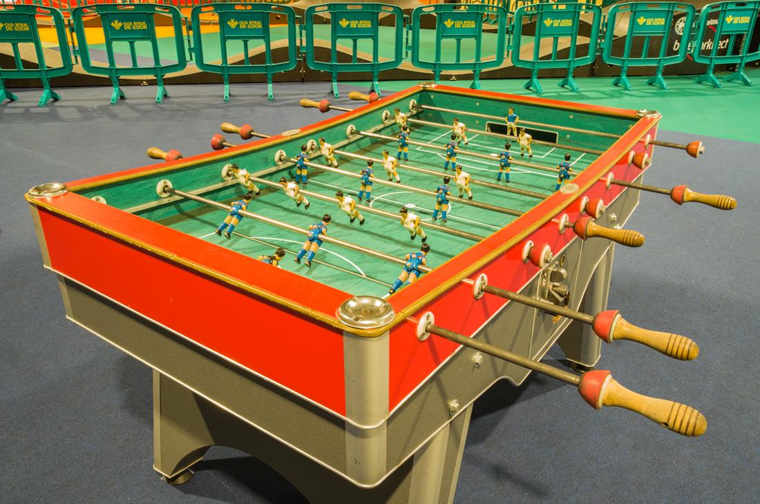 estudio 2487.Gijón. 2019 - juegos.-games- - senén merino, photograph