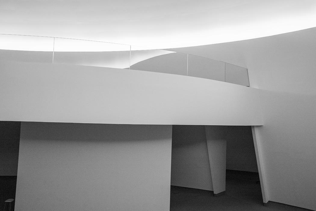 .estudio 469.  Avilés. 2014 - museos y galerias.-museums and galleries- - senén merino, photograph