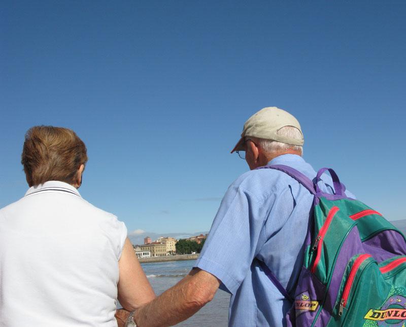 Apoyo - RIO PILES A SAN PEDRO. 2009 - senenmerino.Fotografías Playa de Gijón.