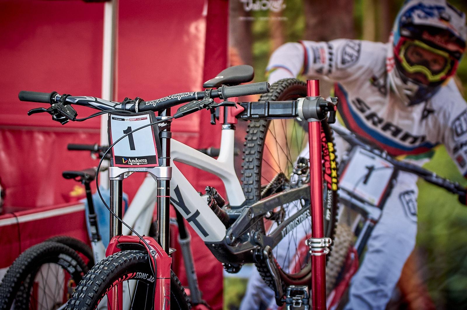MTB - Downhill - Sergio Tomico, Photography
