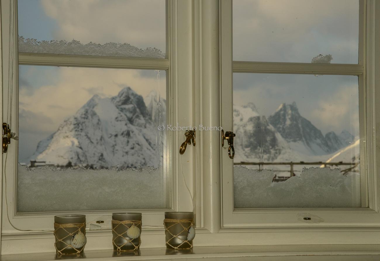 Hogar, cálido hogar - Islas Lofoten - Islas Lofoten, Noruega. Roberto bueno. Paisajes de invierno