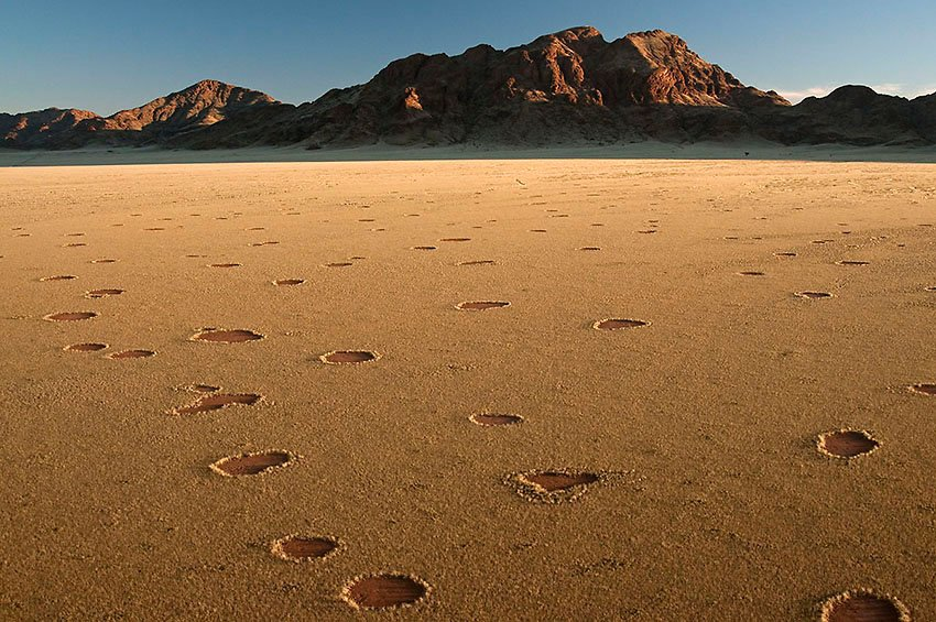 Círculos de hongos. Namibia - África - Roberto Bueno. Fotografías de Tanzania y Namibia. África