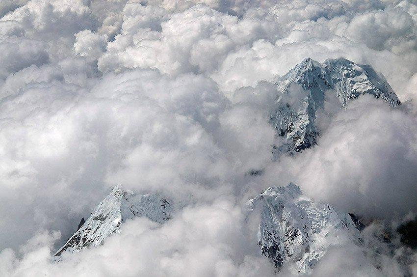 Nevado Salcantay. Los Andes - Perú - Perú - Roberto Bueno – Paisajes, gentes, arqueología