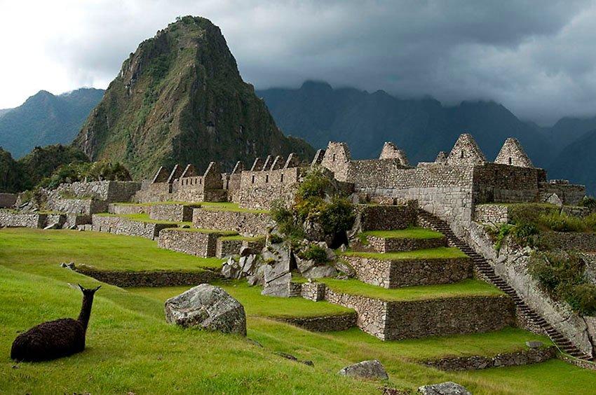Plaza principal. Machu Picchu - Perú - Perú - Roberto Bueno – Paisajes, gentes, arqueología