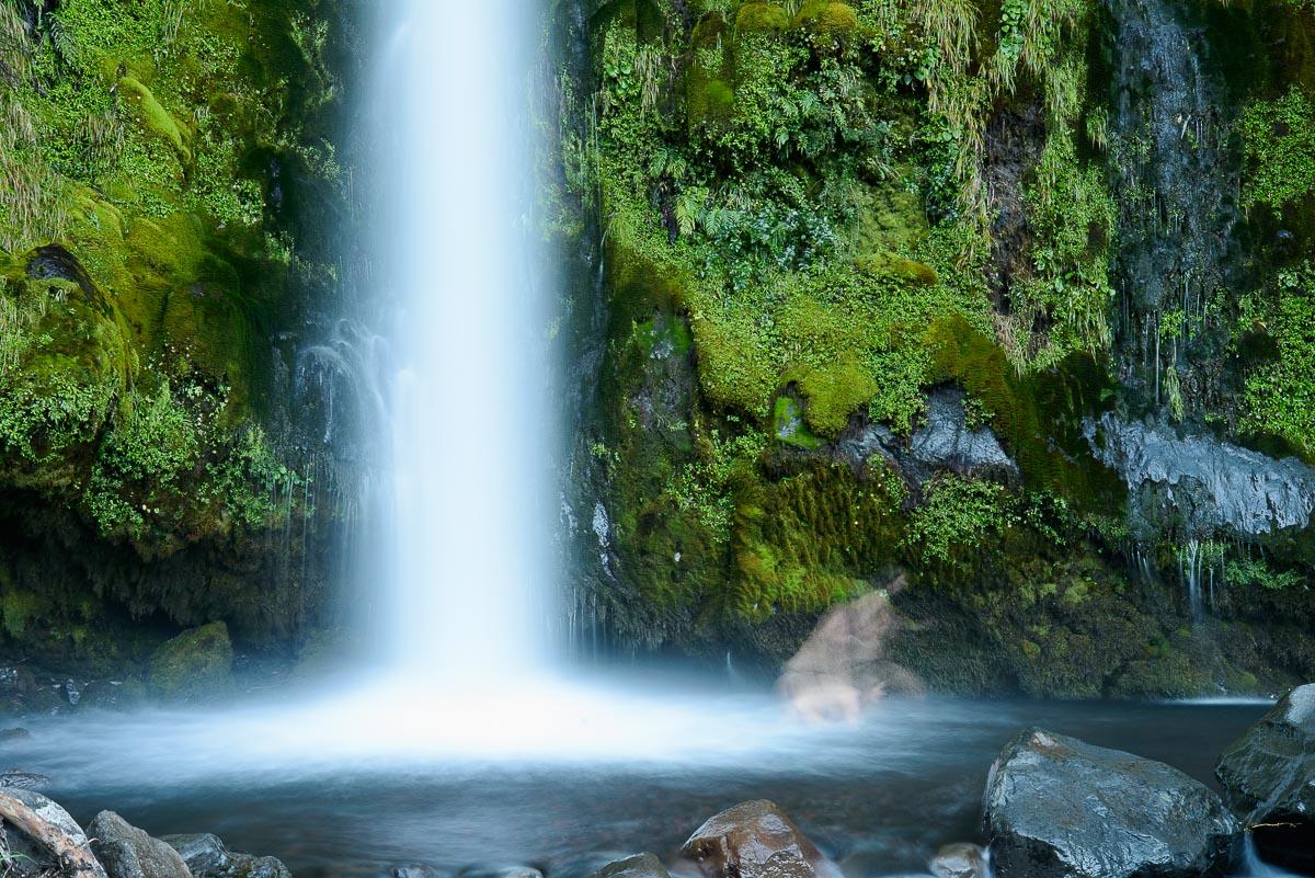 Dawson Fall, Egmont National Park, Taranaki - Nueva Zelanda - Nueva Zelanda, Isla Norte. Roberto Bueno; Fotografía de Naturaleza y Viajes