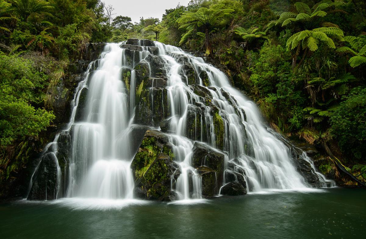 Owharoa Falls, Karangahake Gorge Reserve, Waikato - Nueva Zelanda - Nueva Zelanda, Isla Norte. Roberto Bueno; Fotografía de Naturaleza y Viajes
