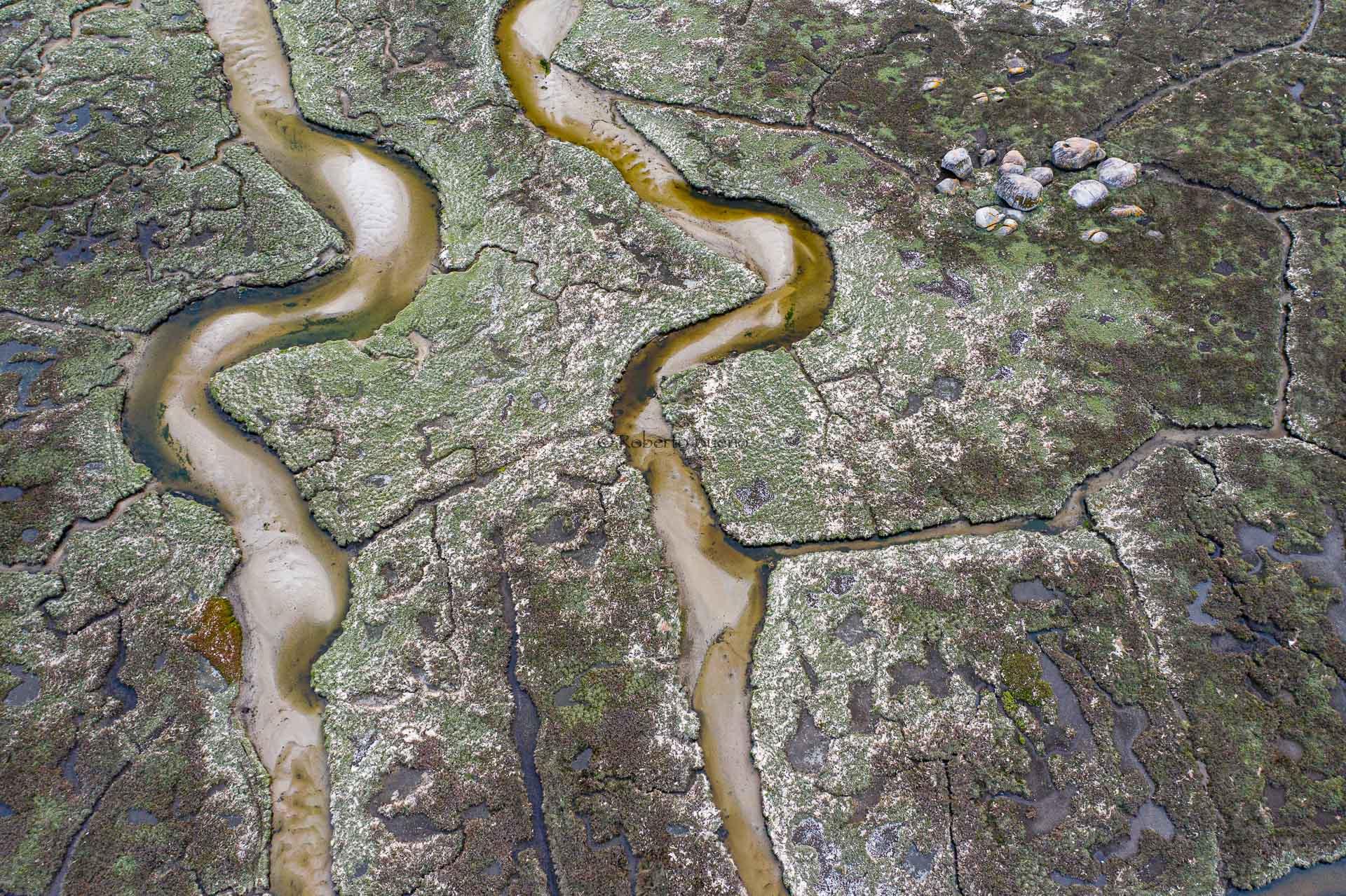 Curvas paralelas - Desde el aire 2 - Roberto Bueno - Fotografía de Naturaleza - Luces del Planeta - Desde el aire