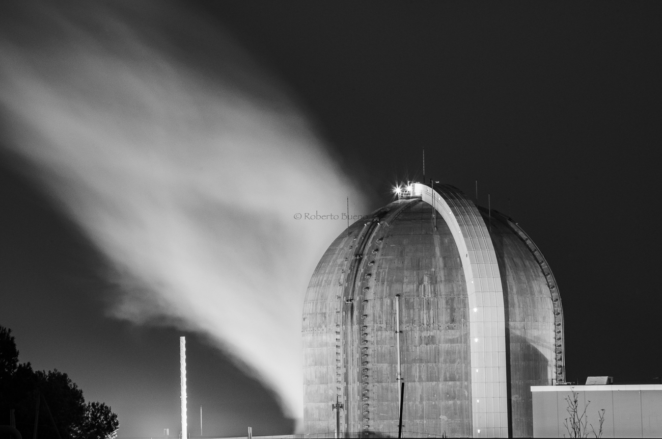 Vapor de agua. Central Nuclear de Vandellòs II - Energía Nuclear - Roberto Bueno. Energía Nuclear y Centrales Nucleares