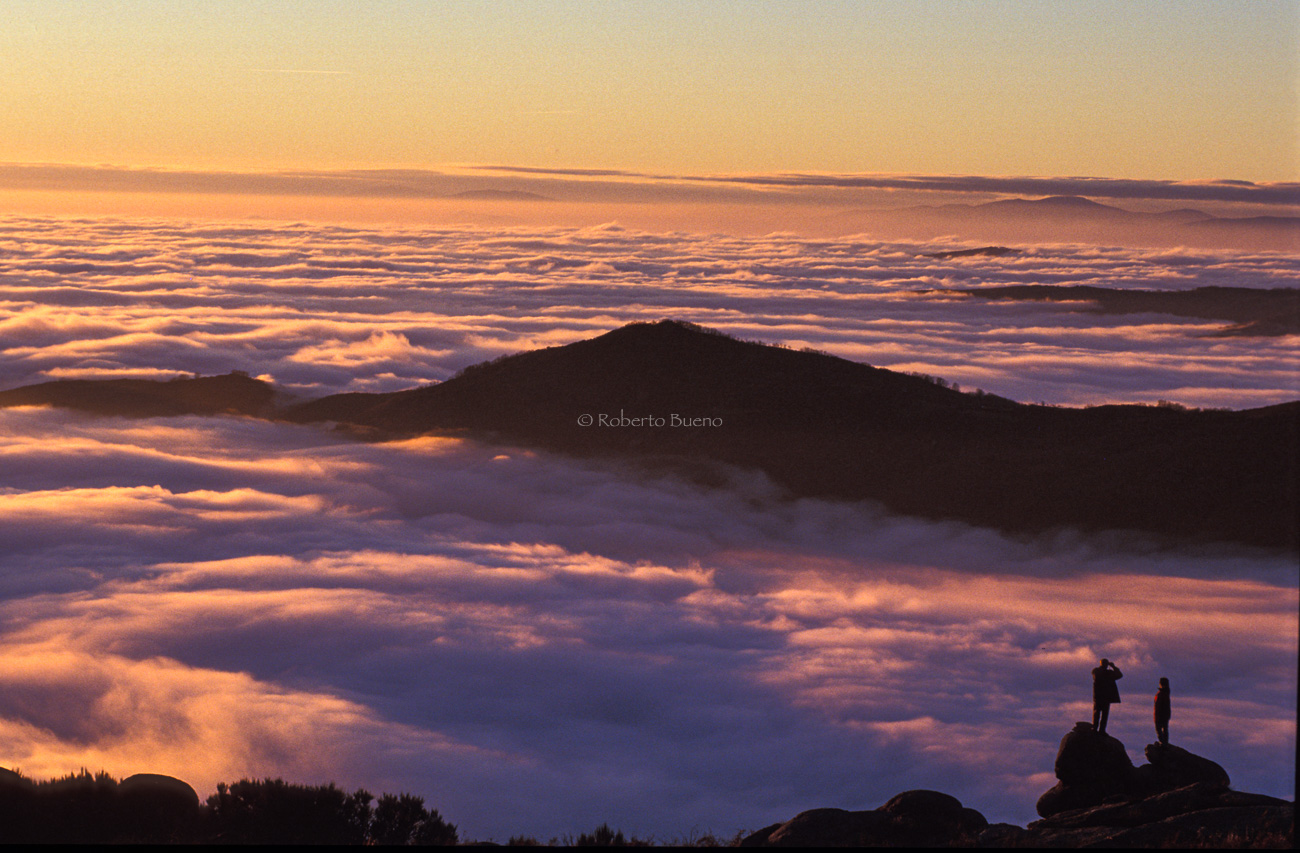 Mar de nubes. Sierra de Béjar. Salamanca - Luces del Planeta - Luces del Planeta - Roberto Bueno – Fotografía de Naturaleza