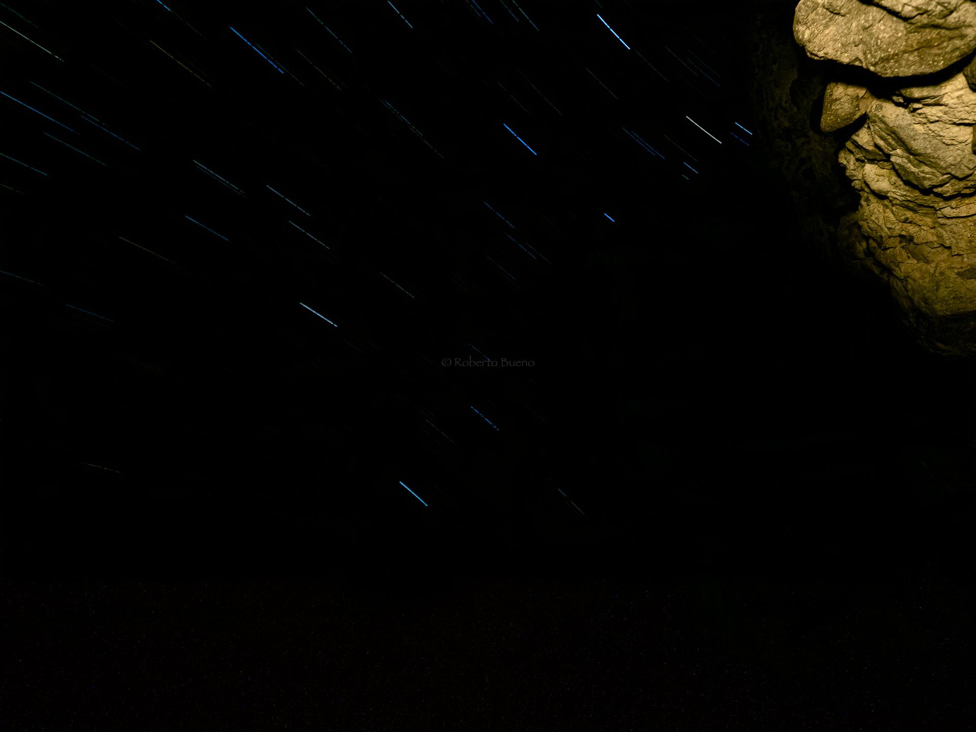 El viejo que miraba las estrellas - Luces en la noche - Luces en la Noche. Roberto Bueno. Fotografía de Naturaleza y viajes